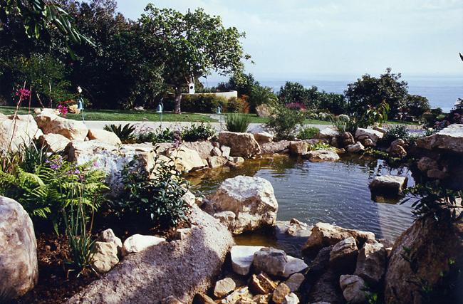 ponds-waterfalls-30